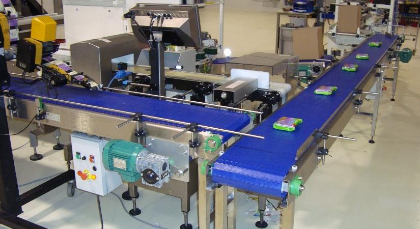 S 25 800 Plastic Modular Conveyor Belt For Transporting Of